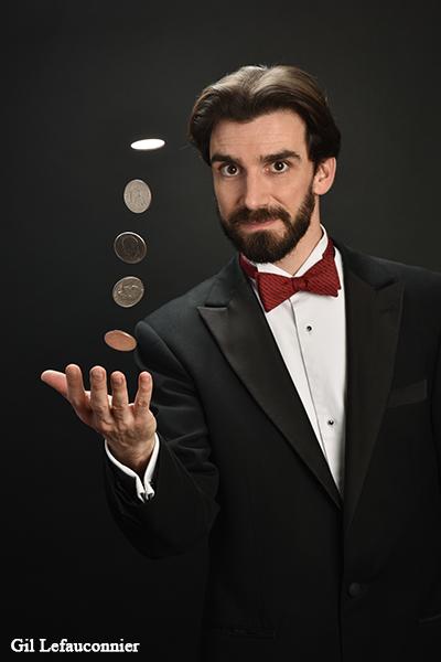 Contacta al mago de París, Francia Benoît Rosemont