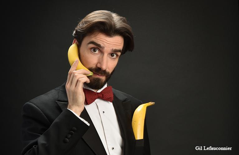 Póngase en contacto con un mago francés que habla español