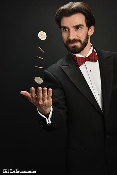 Magicien de close-up à Paris